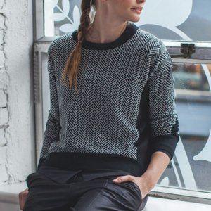 Lululemon Yogi Sweater size 6
